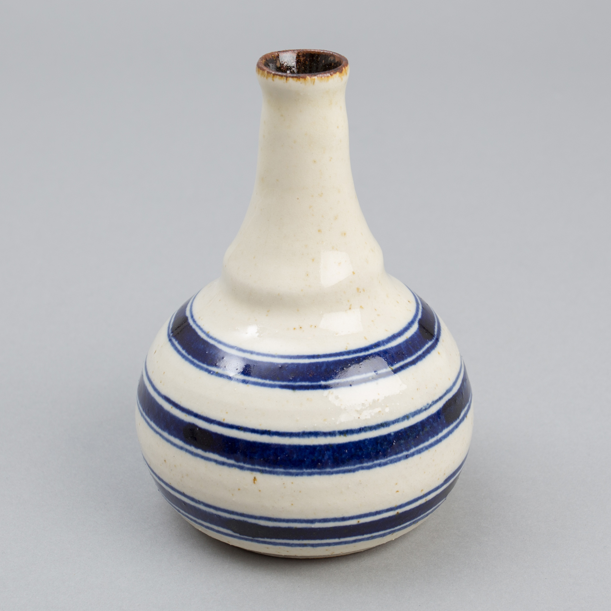 The Hill-Side Endo Stripes Tokkuri Vase