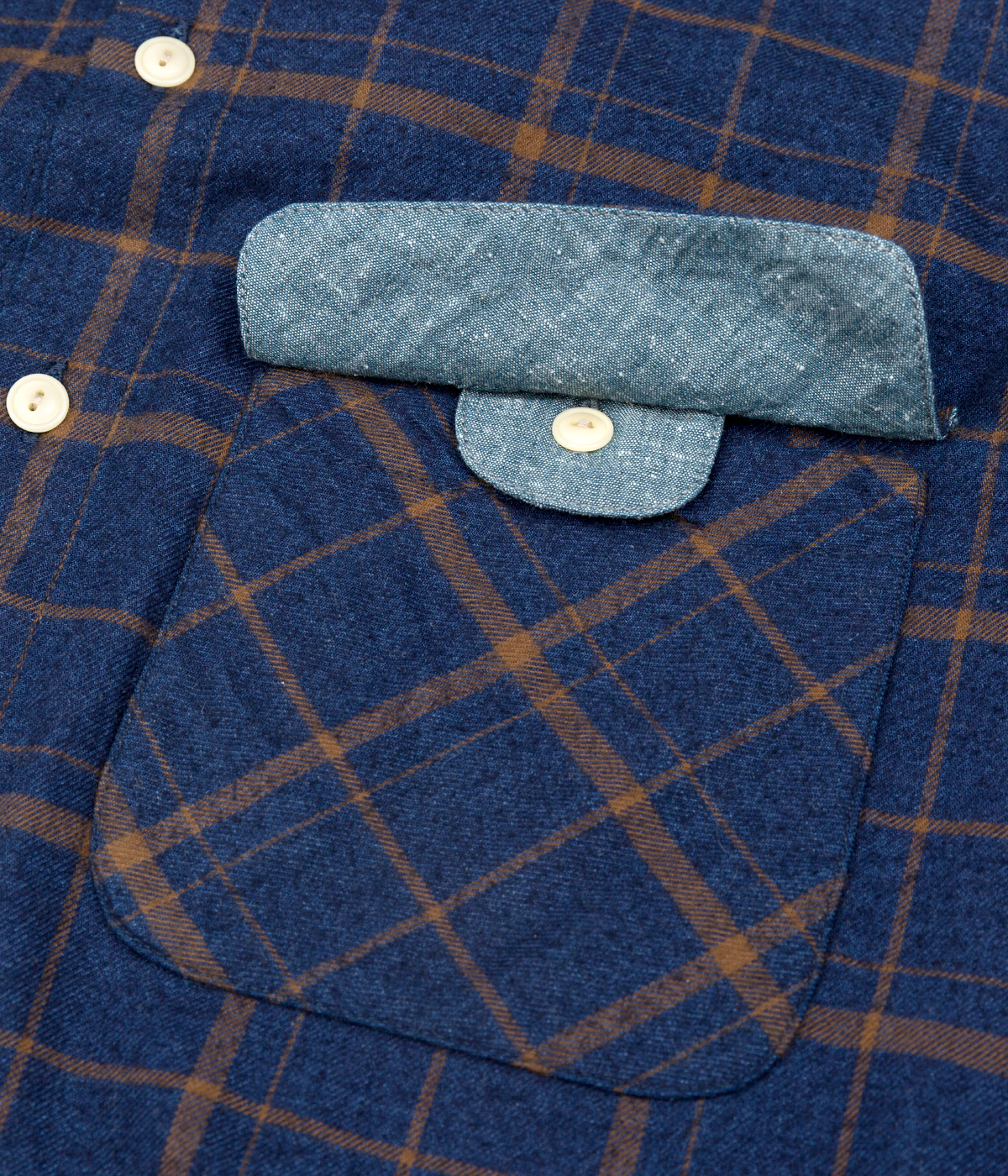 The Hill-Side Coupe Shirt, Indigo / Brown Flannel Check - Pocket Detail
