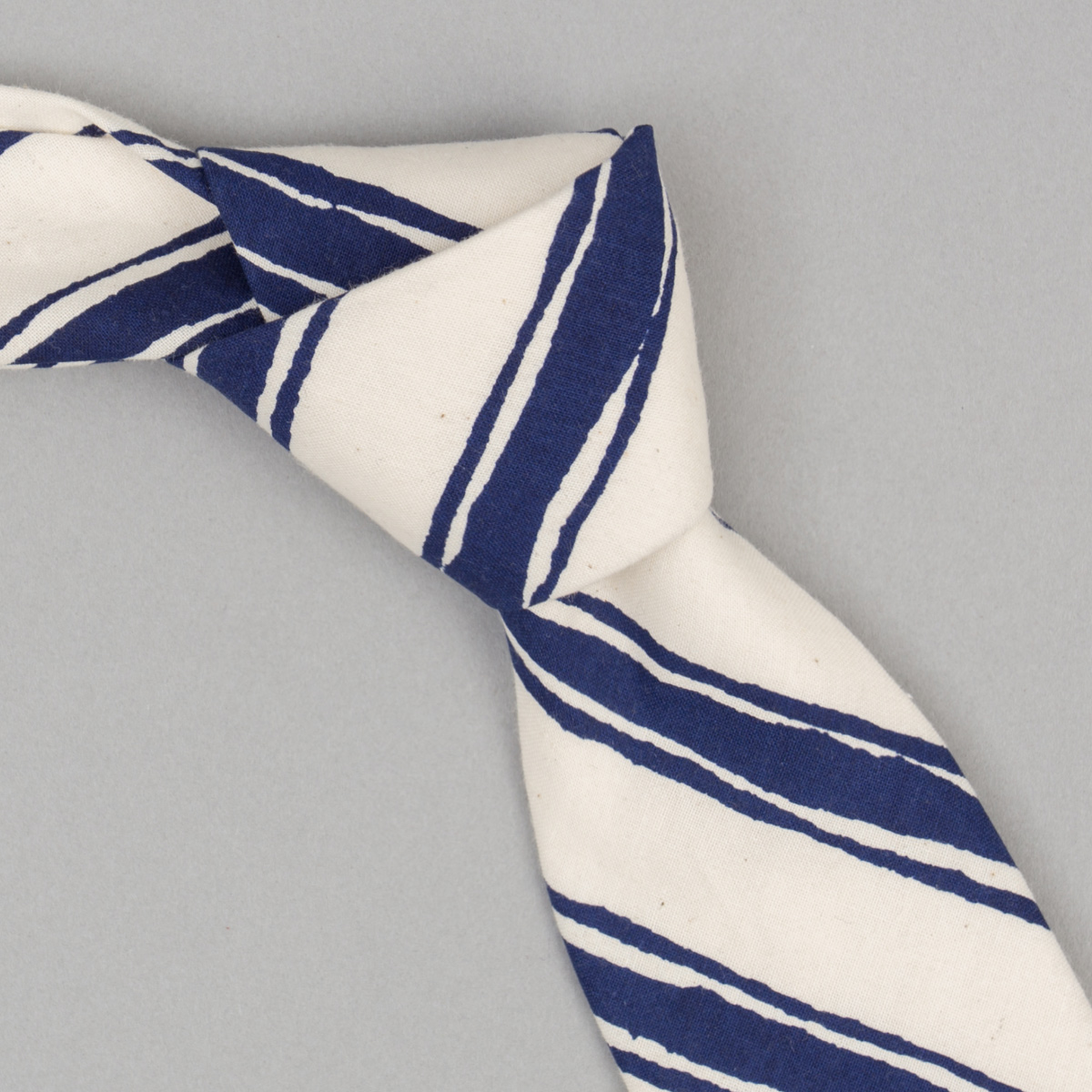 The Hill-Side Endo Stripes Necktie